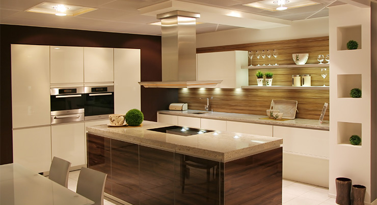 Creating A Kitchen For Entertaining: How To Make The Most Out Of Your Counter Space When